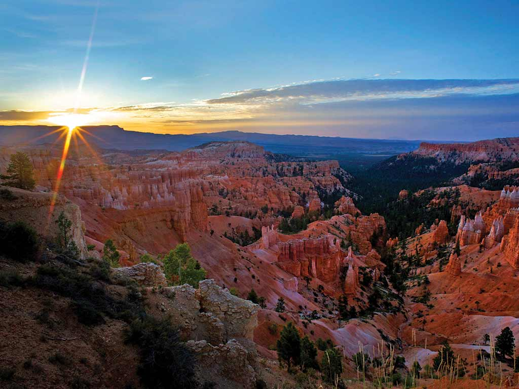Sunset - Bryce, Zion & Grand Canyon Family Breakaway Multisport Tour