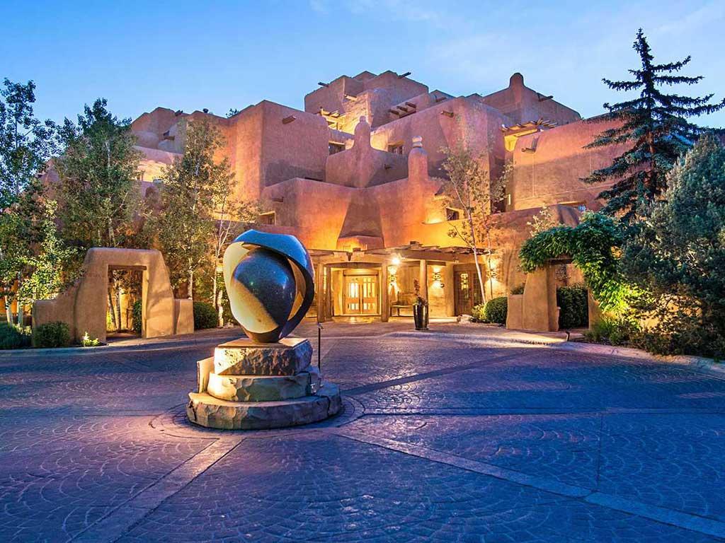 Santa Fe Walking Tours | All Seasons Resort Lodging