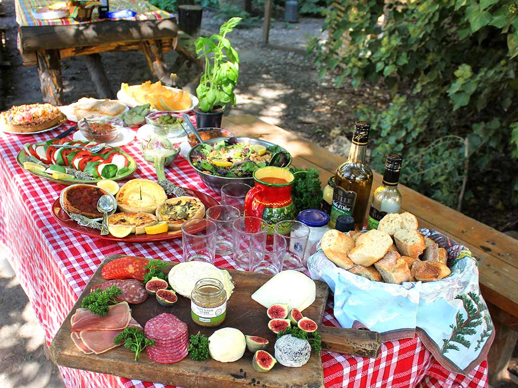 French picnic - France & Spain Walking & Hiking Tour